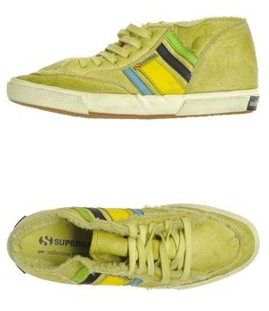 8 scarpe superga